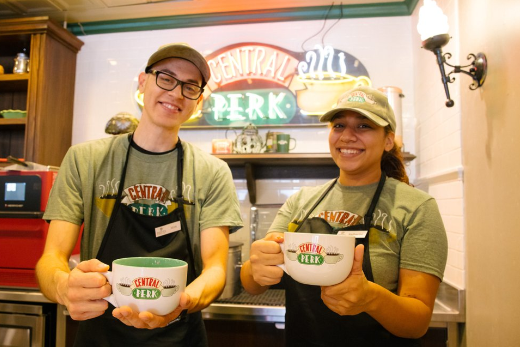 What to see on the Warner Bros Tour: Central Perk Cafe