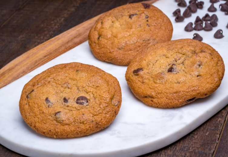 Chocolate chip cookies at Porto's Bakery